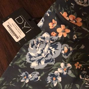 DYI Pants - DYI Floral legging-NEW-size Small